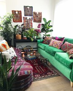 Living room green couch house plants 52 Ideas for 2019 Bohemian Bedroom Decor, Bohemian Interior, Home Interior, Boho Decor, Interior Design, Hippie Chic Decor, Bohemian Style, Bohemian Furniture, Bohemian Room
