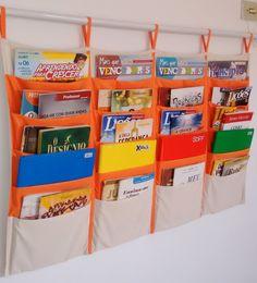 Crafts For Infants Book Organization, Book Storage, Diy Storage, Diy Crafts To Sell, Diy Crafts For Kids, Book Sling, Book Holders, Ideas Geniales, Preschool Classroom