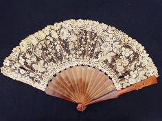 ..sweet fan in lace