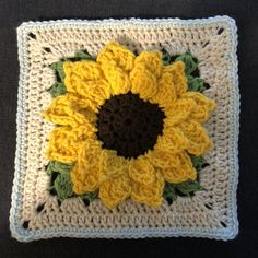Best Photo sunflower Granny Squares Pattern Popular This specific easy gran rectangle pattern is actually a variance upon the vintage crochet nana squar Crochet Sunflower, Sunflower Pattern, Crochet Flowers, Granny Square Crochet Pattern, Crochet Squares, Crochet Granny, Granny Squares, Crochet Crafts, Crochet Projects