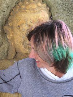 http://www.beingfunky.com/buy-product/hair-dye/carnation-pink.html and  http://www.beingfunky.com/buy-product/hair-dye/apple-green.html