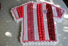 Camiseta del Atleti de Bilbao de Chuches Birthdays, Soccer, Short Sleeve Dresses, Sweets, Candy, Football Cakes, Bilbao, Sweet Sweet, Buckets