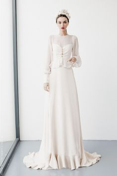 new Ideas bridal hijab princesses Designer Wedding Dresses, Bridal Dresses, Wedding Gowns, Prom Dresses, Bridal Hijab, Ivory Wedding, Vintage Style Dresses, Fascinator, Beautiful Dresses