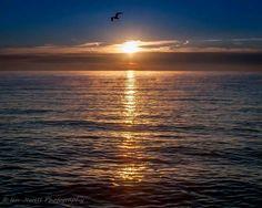 Lake Erie sunrise at Luna Pier, MI, Photo by Ian Jewell Photography