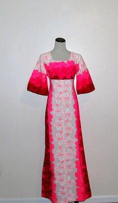 Vintage Pink Hawaiian Dress by CheekyVintageCloset on Etsy, $44.00