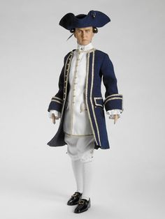 CAPTAIN NORRINGTON- Pirates of the Caribbean - Tonner Doll Company
