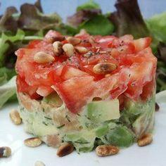 Concassé de tomates sur tartare d'avocat-saumon