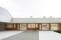 Larraz + Beguiristain + Bergera > Nursery School in Berriozar