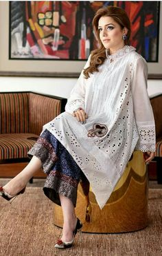 Lovely outfit, and then they ruin it with that blue patch on the dress! Simple Pakistani Dresses, Pakistani Dress Design, Pakistani Outfits, Indian Dresses, Indian Outfits, Casual Dresses, Fashion Dresses, Kurta Designs Women, Kurti Designs Party Wear