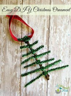 Ideas For Handmade Christmas Tree Ornaments Pipe Cleaners Christmas Tree Ornaments To Make, Handmade Christmas Tree, Noel Christmas, Christmas Activities, Christmas Crafts For Kids, Simple Christmas, Christmas Tree Decorations, Holiday Crafts, Ornament Crafts