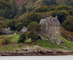 Scotland is a land of castles, and as such, some of them are haunted castles. Description from theworldyourhome.com. I searched for this on bing.com/images