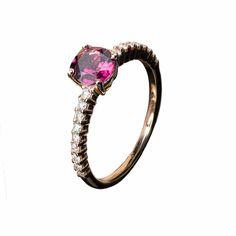 Anillo de Oro Rosa, Diamantes y Rodolita SHOP ONLINE: http://goo.gl/v9bqQR