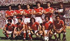Em cima: Nené, Humberto Coelho (cap), Laranjeira, Filipovic, Frederico e Bento. Em baixo: Chalana, Carlos Manuel, João Alves, Pietra e Shéu..