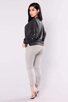 Krissy Pearl Sweatshirt - Charcoal Grey