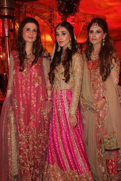 LOOK OF THE DAY: AMBER GOHAR, ANUSHAYE GOHAR AND MISHAL ASAD