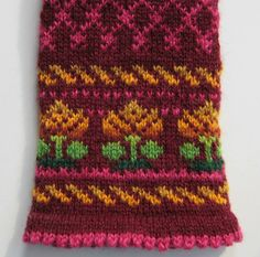 I was starting to think that this mitten might never get done. Last night, however, I finally got the ends woven in and blocked it before heading to bed. There's nothing nicer than to start the day admiring your handwork. Fair Isle Knitting Patterns, Fair Isle Pattern, Knitting Charts, Loom Knitting, Knitting Socks, Knit Mittens, Knitted Gloves, Nordic Sweater, Crochet Instructions