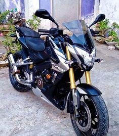La imagen puede contener: moto Moto Pulsar 200, Pulsar 200ns, Ktm 200, Riding Quotes, Bike Photoshoot, Bike Pic, Motorcycle Wallpaper, Dslr Background Images, Joker Art