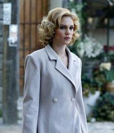 Sura walking in Istanbul Turkey played by Farah Zeynep Abdullah in the Turkish TV series Kurt Seyit ve Sura