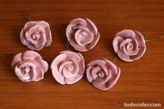 REPUESTOS LAMPARA BRONCE ROSAS FLORES DE CERAMICA ROSA manises Color Rosa, Icing, Lamps, Desserts, Food, Antique Lamps, Ceramic Flowers, Bronze, Ceilings