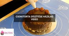 Csokitorta díszítése házilag Waffles, Pancakes, Breakfast, Food, Morning Coffee, Essen, Waffle, Pancake, Meals
