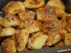 Pretzel Bites, Biscuits, Pizza, Food And Drink, Potatoes, Cooking Recipes, Bread, Snacks, Chicken