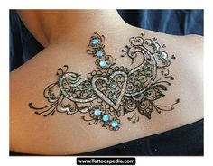 LOVE the subtle colors in this.  Shoulder Tattoos For Women | ... %20Tattoos%20For%20Women 12 Back Shoulder Tattoos For Women 12