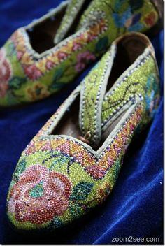 Kasot Manek - Peranakan beaded slippers