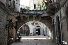 Arco Merviglia, Bari vecchia