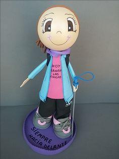 Finalizamos la semana con esta bonita fofucha caminanta personalizada que nos encargó Cristina!!!