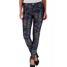 Pantaloni Dama ONLY Duffy Dark Flower Denim Dark Flowers, Duffy, Pajama Pants, Pajamas, Denim, Fashion, Pjs, Moda, Sleep Pants