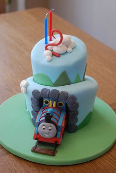 cutest Thomas cake I've ever seen.