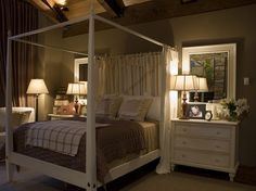 love the curtain around the bed