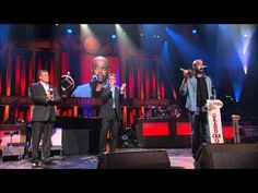 Darius Rucker Inducted Into Grand Ole Opry
