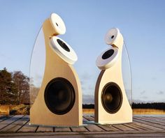 The sound is as good as the looks are weird. Hifi Audio, Audio Speakers, All About Music, Sound & Vision, Helsinki, Scandinavian Design, Loudspeaker, Cool Stuff, Theater