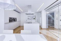 Chiralt Arquitectos Valencia - Cocina Moderna, minimalista, funcional.
