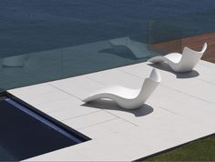 Contemporary outdoor furniture available at http://www.robert-thomson.com/outdoor-furniture/