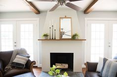 New living room table makeover fixer upper Ideas French Country Living Room, Living Room White, White Rooms, Living Room With Fireplace, New Living Room, Cottage Fireplace, Bedroom Fireplace, Stucco Fireplace, White Fireplace