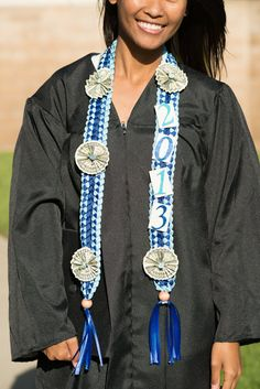Graduation Money Lei - Blue via Etsy