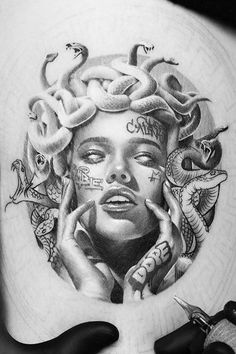 Badass Drawings, Tattoo Drawings, God Tattoos, Body Art Tattoos, Medusa Tattoo, I Tattoo, Blackwork, Greek God Tattoo, Arte Alien