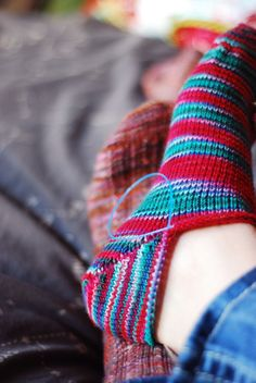 toe-up socks with a fish kiss lips heel