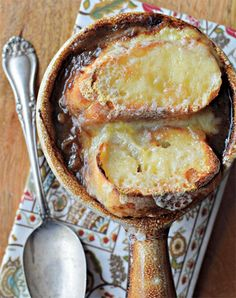 Simple French onion soup - Our favourite hearty soup recipes
