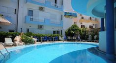 Studios Manos Amoudara Herakliou Manos Studios are located in Amoudara Heraklion, known for its long sandy beach and wide variety of tourist facilities. The owners can provide information about nearby destinations. Free WiFi is available in public areas.