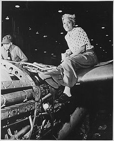 War And Conflict-Wwii African American female riveter wearing kerchief on head & sitting on huge piece of machinery during WWII, perfectly illustrating Rosie the Riveter-type; at Lockheed Aircraft Corp. Location: Burbank, CA, US Date taken: 1942 Women In History, World History, Black History, Ww2 History, History Images, History Facts, Photo Avion, Historia Universal, Rosie The Riveter