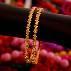 Find wide range of fashion jewellery, imitation, bridal, artificial, beaded and antique jewellery online. Buy imitation jewellery online from designers across India. Call us on [phone] now to resolve your queries. Gold Jewelry Simple, Boho Jewelry, Bridal Jewelry, Fashion Jewelry, India Jewelry, Jewelery, High Jewelry, Prom Jewelry, Jewelry Logo