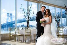 New York Wedding Photography Giando On the Water Pedestals Floral Decorators