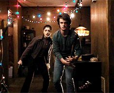 Jonathan Byers, Nancy Wheeler, and Steve Harrington - Stranger Things / Jonathan throws a fireball! Joe Kerry, Movies And Tv Shows, Movies Showing, Stranger Things Quote, Stranger Danger, Steve Harrington, Don T Lie, Best Shows Ever, Best Tv