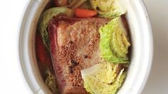 Slow-Cooker Corned Beef and Cabbage Slow Cooker Corned Beef, Crock Pot Slow Cooker, Crock Pot Cooking, Cooking Time, Corn Beef And Cabbage, Cabbage Recipes, Healthy Crockpot Recipes, Beef Recipes, Gourmet