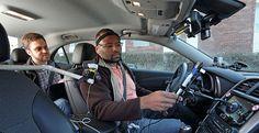 Usar Cortana Siri o Google Now al volante es más peligroso que hablar por teléfono    Se nos ha vendido que los asistentes de voz es la manera en la que interactuaremos con el coche en el futuro pero quizá no sea un futuro tan cercano como pensamos. Un nuevo estudio ha probado que recurrir a Siri a Cortana o a Google Now mientras conducimos es una actividad que distrae más que hablar por teléfono.  Un equipo de investigadores de laUniversidad de Utahy de la Fundación estadounidense AAA para…