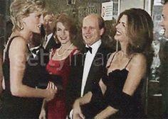 Diana with Ron Howard (& wife), Rita Wilson & husband Tom Hanks~