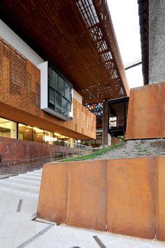 Centro Cultural Gabriela Mistral / Cristián Fernández Arquitectos + Lateral arquitectura & diseño_2008